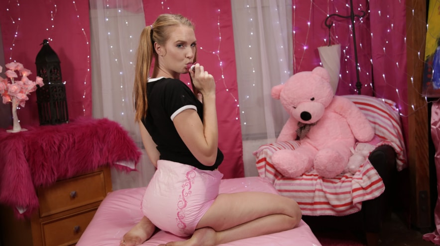 Ashley Lane Dirty *step* Daughter Diaper Play
